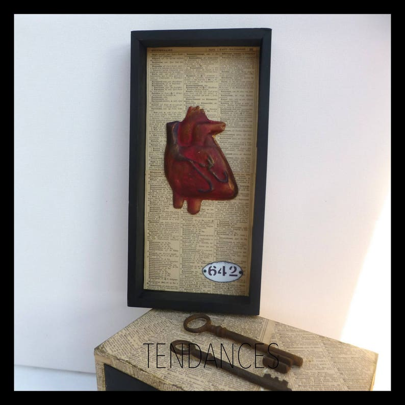 Curiosity paper heart year old wooden frame painted ceramic image 0