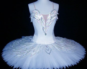369f23641 Ballet Tutu - Beautiful Classic White Swan Lake Ballet Tutu