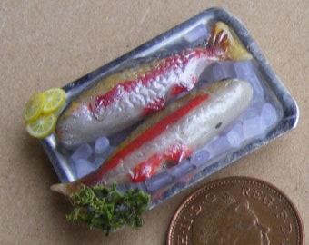 1:12 scale empty box of salmon pink kitchen food tumdee dolls house
