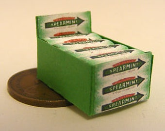A Display Box Of Spearmint Chewing Gum Dolls House Miniature Accessory Sweets