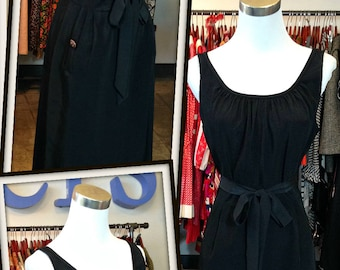 Vintage Black Dress with Pockets 1960s LBD FREE SHIPPING