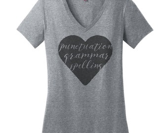 Punctuation Shirt Spelling Shirt Grammar Shirt Gift Ideas for Grammar Police Shirts Womens V Neck T Shirts for Women Trendy Hipster Shirts