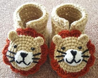 Crochet baby booties Lion.