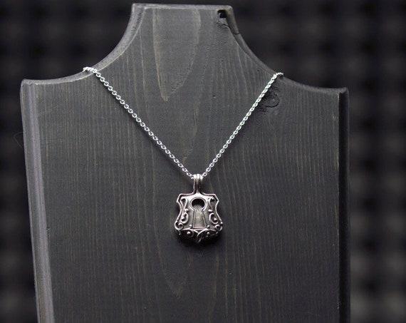The secret garden padlock locket necklace
