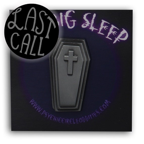 The big sleep- 3D metal pin - antique silver variant