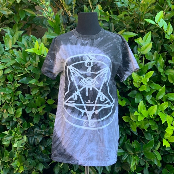 Catagram Unisex Tie-Dye t-Shirt! Summer goth!