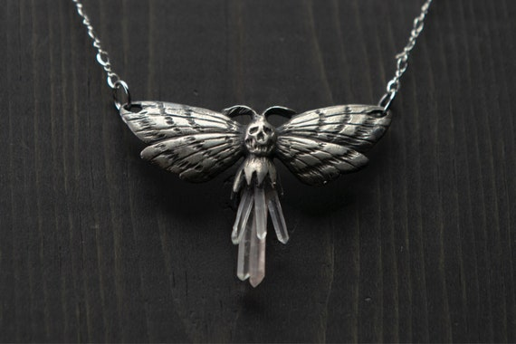 Deaths reminder necklace