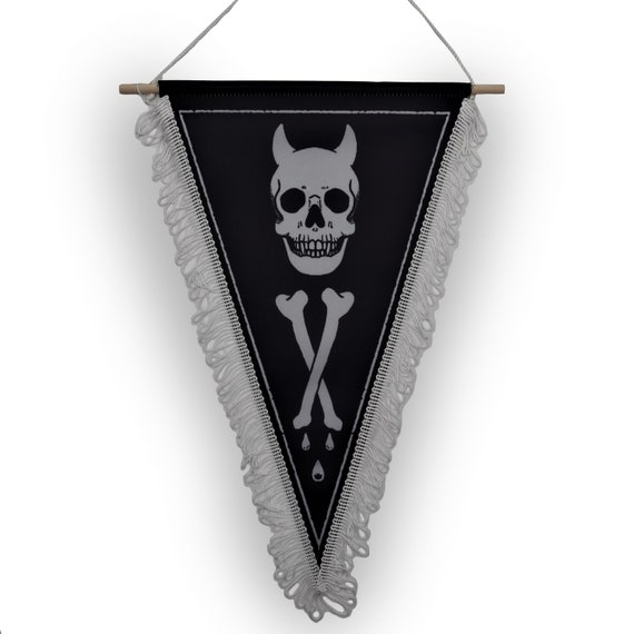 Deaths mark- limited edition memento mori wall hanger decor