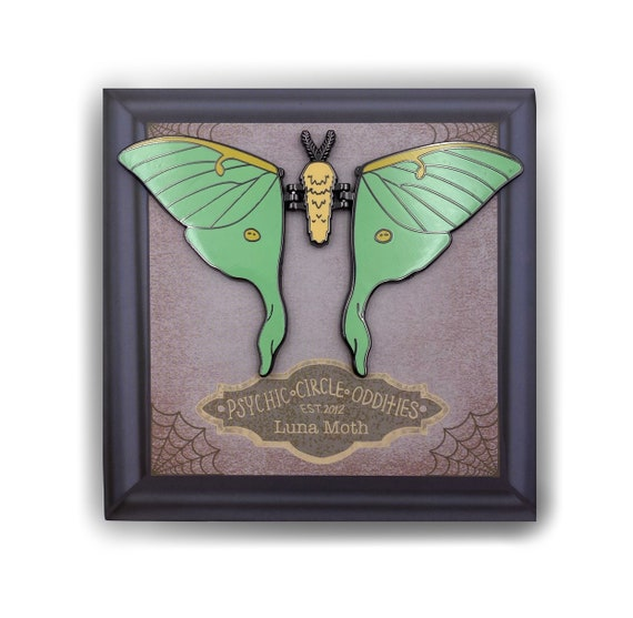 MOVING WINGS - Large Luna Moth Enamel Pin!