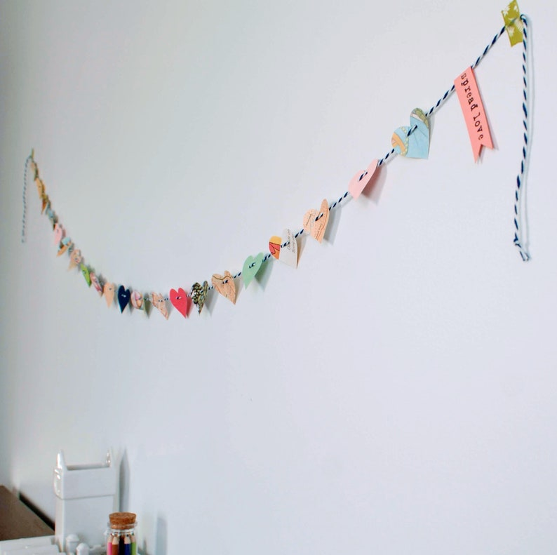 Paper heart garland w personalized message