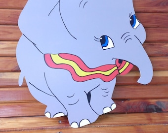 "19"" Wooden Handpainted Dumbo Wall Hanging"