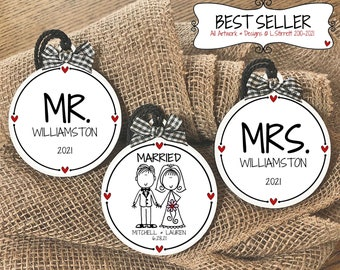 Unique Wedding Gift for Bride and Groom, Mr & Mrs Ornament Gift Set, Personalized Ornaments for Newlyweds, Just Married Christmas Gift