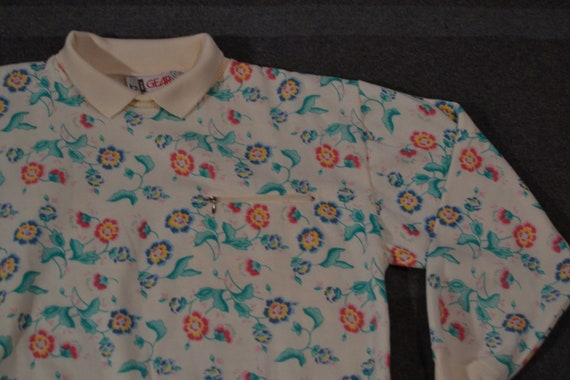 Totally Rad Vintage 80 s All Over Print Floral Sweater  77bc824478f5