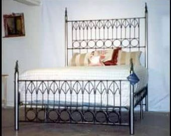 Iron Bed, Queen Size,wrought Iron Bed, Gothic ,bondage Bed ,metal Bed Frame,king  Size,bed,bedding,bedroom Decor,Halloween,bondage