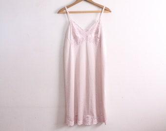 Lilac Lace 80s Slip Dress
