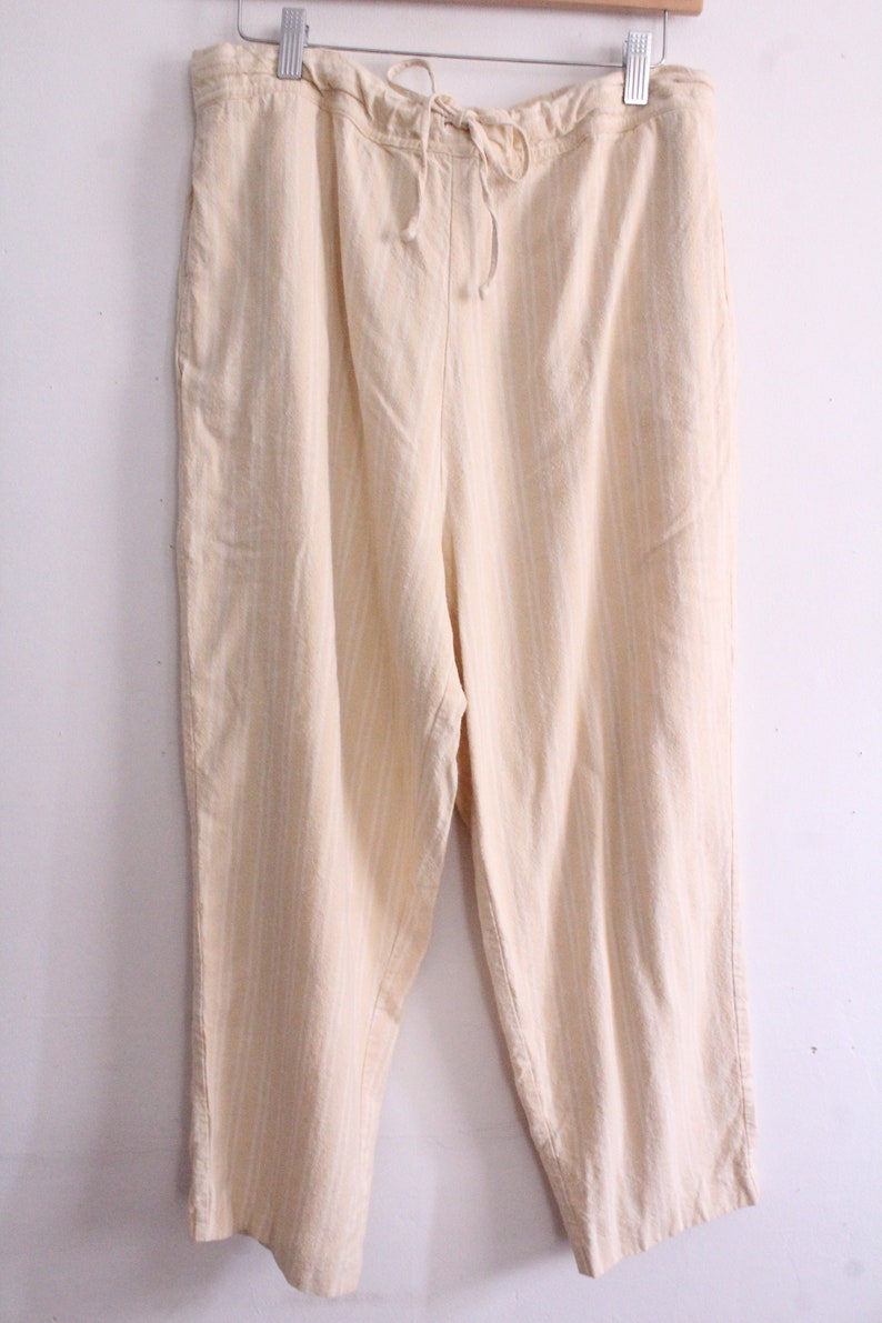 Yellow Striped 90s Cropped Pants
