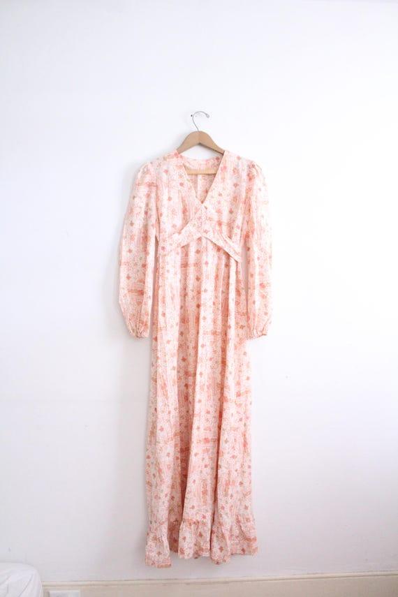 Romantic Fluttery 70s Maxi Dress