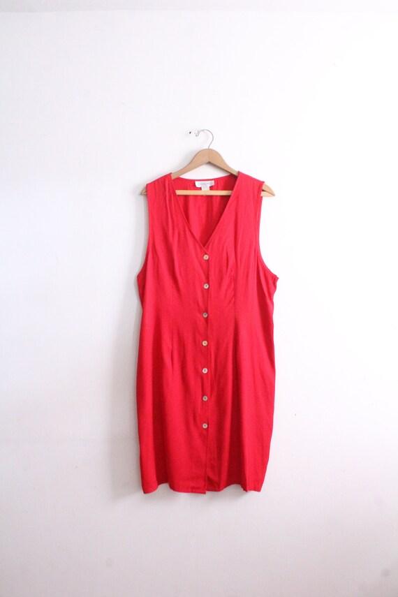 Minimal Red 90s Button Dress