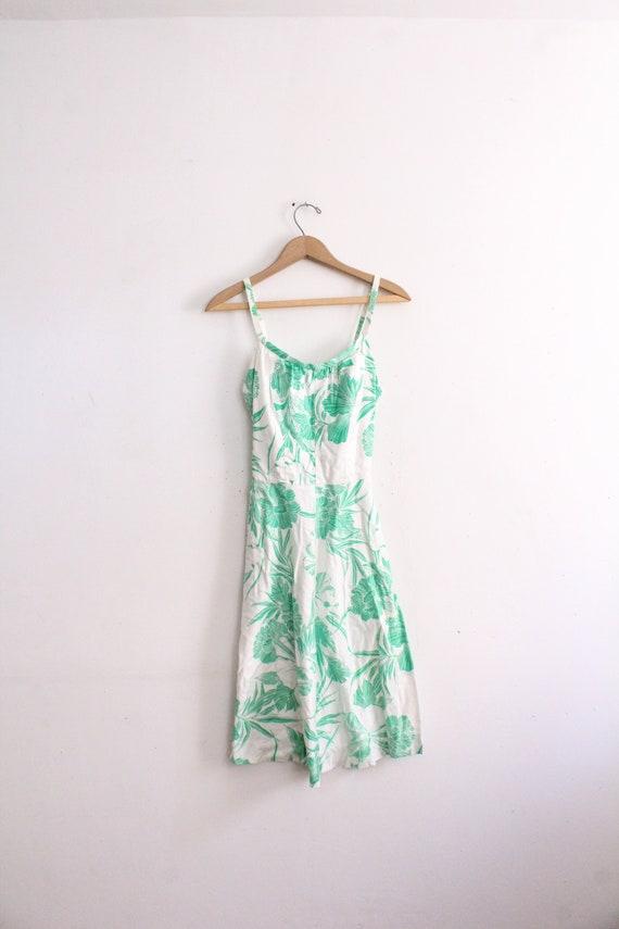 Fresh Floral 60s Midi Dress