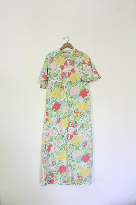 Groovy Vintage 60s Floral Housedress
