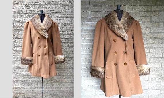 Vintage lambswool peacoat, rabbit lapel and cuffs… - image 4