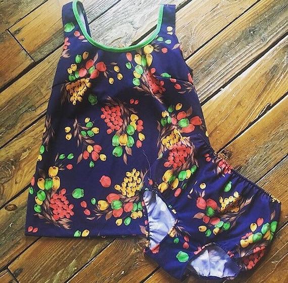 Vintage 1970s Swimsuit - 1970s 2 Piece Swimsuit -… - image 4