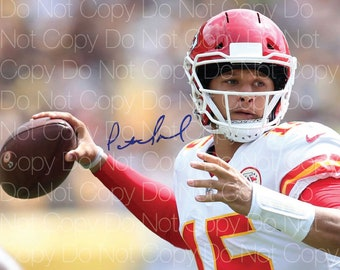 2ef31948666 Patrick Mahomes II signed Kansas City Chiefs 8X10 photo picture poster  autograph poster RP