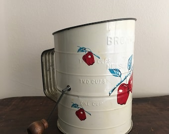Vintage Bromwell's Measuring Cup Sugar or Flour Sifter with Apple Pattern