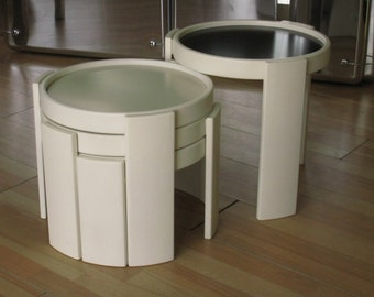 Cassina stacking tables, 4 white nesting tables