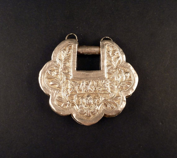 Chinese silver old padlock pendant from China, Chi