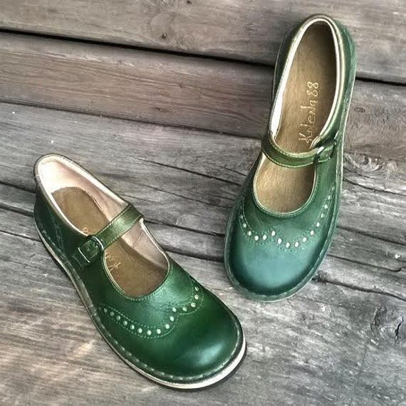 43e39750bdce7 Handmade maryjanes TEIDE in GREEN