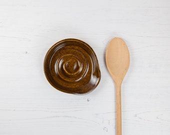 Spoon Rest - Brown Stoneware Spoon Holder - Wood Effect - Handmade Kitchen Accessories