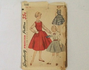 Simplicity 1330 Vintage 1955 Sewing Pattern Pinafore Dress Blouse and Skirt for Girl 28 breast cut complete