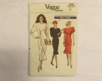 Vogue 7039 Vintage 1987 Easy Sewing Pattern Misses' Dress for stretch fabrics size 12 factory folded