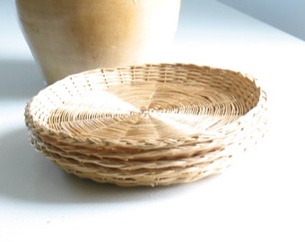 Vintage wicker paper plate holders, set of 4 / woven rattan plate holders / natural loose weave boho 1970s dishware