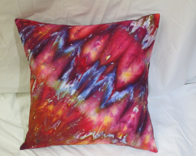 Hand Dyed Pillow Cover, Throw Pillow Sham, Red Pillowcase for Quilted Pillow, Cotton Pillow Case, Decorative Pillow, Ice Dyed Art Pillow