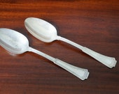 1881 Rogers 1915 A1 Grecian Pattern Serving Spoons Wedding Mid Century Flatware Serve Ware Serving Spoons Wanna Spoon
