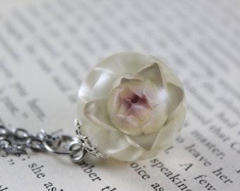 White Strawflower Necklace