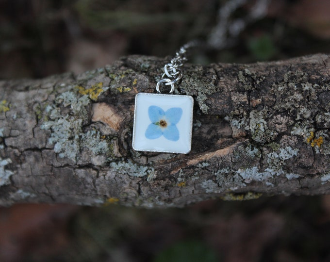 Tiny X Forget Me Not Necklace