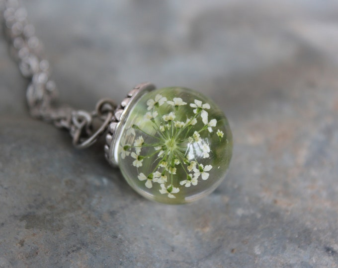 Queen Anne's Lace Sphere