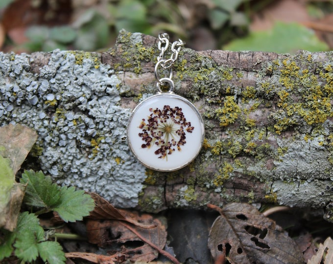 Small Purple Queen Anne's Lace Necklace