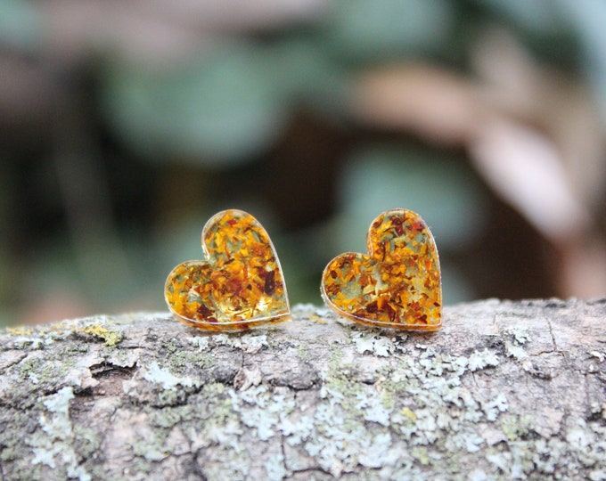Large Speckled Hearts Stud Earrings