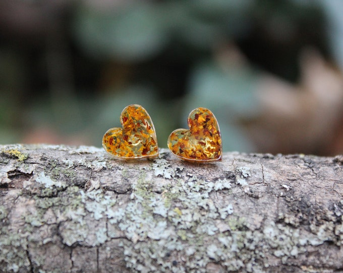 Small Speckled Hearts Stud Earrings