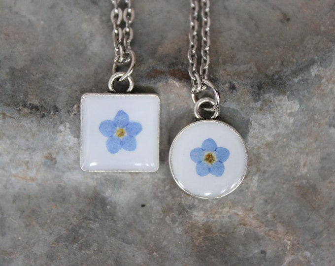 Tiny Forget me Not Necklace