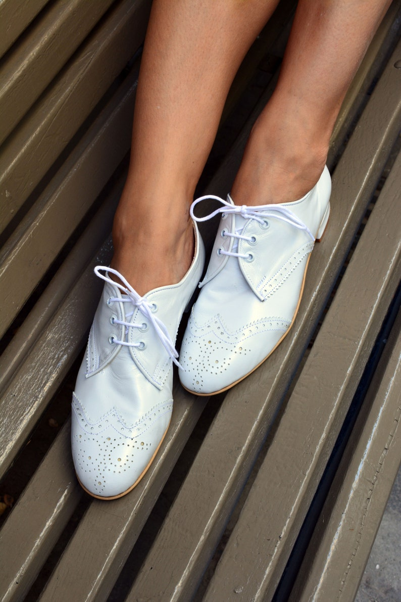 Retro Vintage Flats and Low Heel Shoes Oxford Leather shoes White leather shoes Genuine Leather brogues Oxford Tie Shoes Swing dancing shoes dance shoes Kick Ball Change $148.49 AT vintagedancer.com