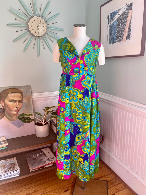 Vintage 1960s Psychedelic Paisley Print Maxi Dress