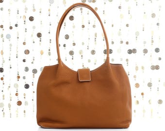 Brown leather shoulder bag, leather tote bag, tote bag, leather handbag, leather bag, shoulder bag, brown leather tote, brown leather bag