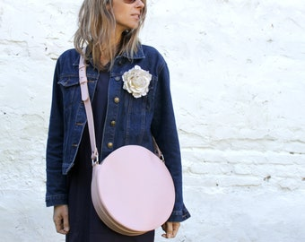 Pink crossbody bag, circle bag, round bag, leather crossbody bag, leather purse, cross body bag, crossbody purse, leather shoulder bag