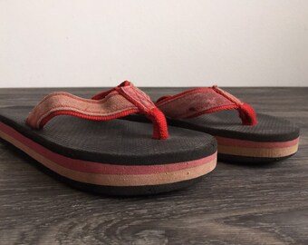 911903bc981a 80 s FLIP FLOPS Red Rainbow Thick Foam Sandals Thongs  Rare Vintage Pink  Suede Nylon Strap  Good Condition Beach! Measures 9 3 4