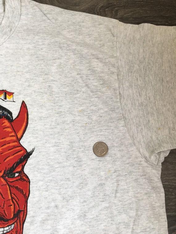Ciao vintage Satana Tshirt degli anni ' 90 Made in UsA di camicia diavolo satanico grafico colorato grande XL